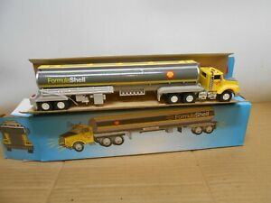 1994 limited edition formula shell toy truck no 2 in series