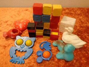 24-Piezas-Material-Bebe-Juguete-Plastico-Plaste-Vintage-Um-1970-DDR