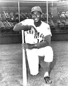 1960-Chicago-Cubs-ERNIE-BANKS-Glossy-8x10-Photo-Baseball-Print-Poster-HOF-77