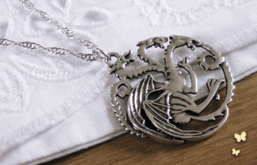 Game of thrones lion pendant