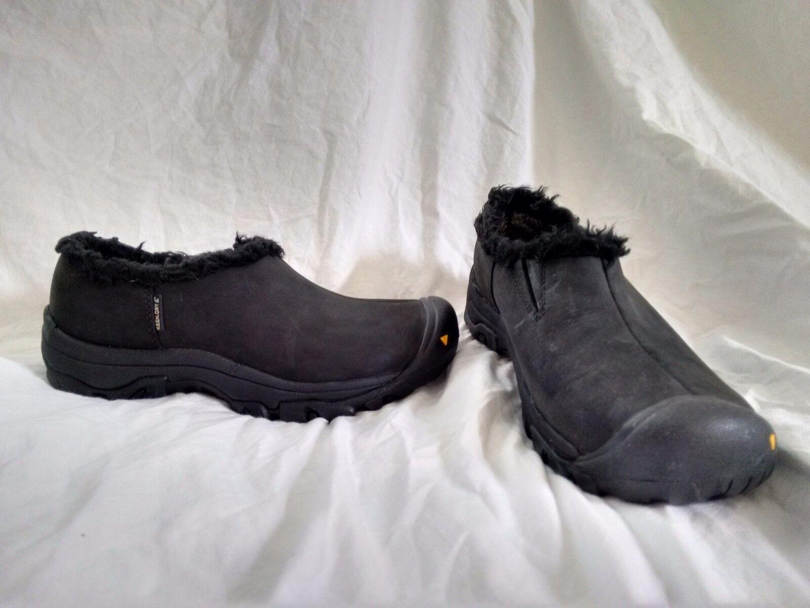 Keen Warm Women's 6.5 Black Suede Slip On Mocs Insulated Waterproof Faux Fur