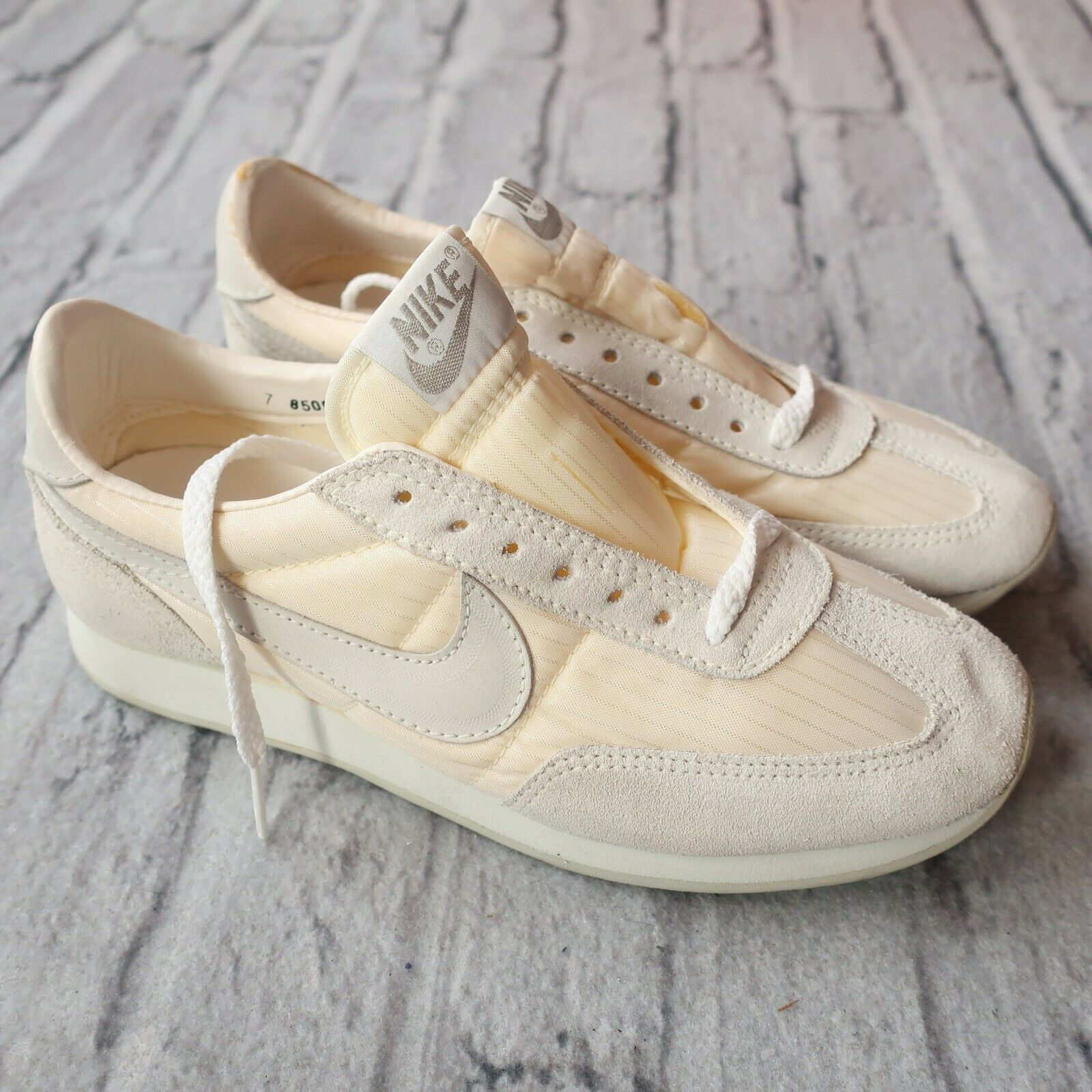 Vintage OG New 1985 Nike Echelon shoes 2179 Womens Size 7