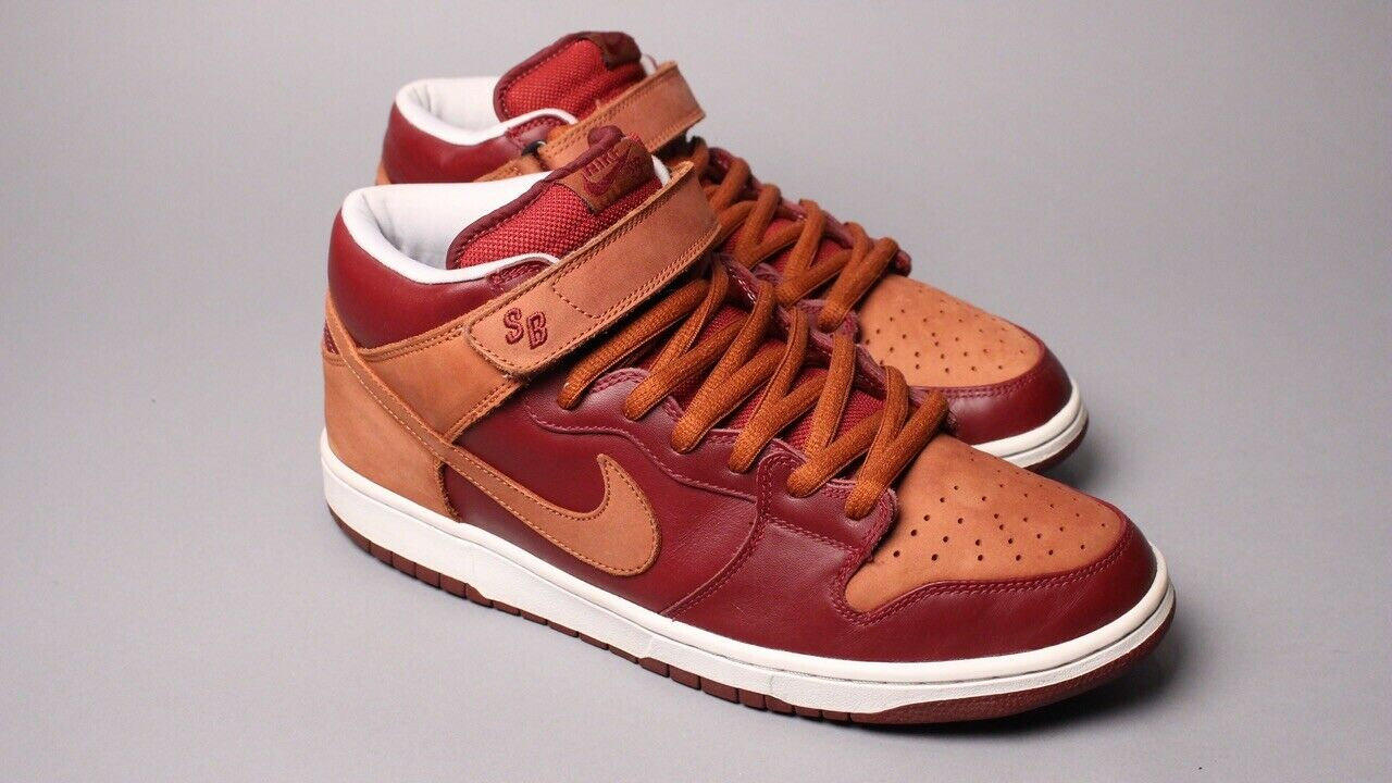 Nike Dunk Mid Pro SB –  Embarco  Team Red  Pony 314383-621 SZ 13 Rare Supreme