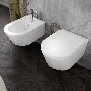 Sanitari sospesi in ceramica bidet e wc con sedile for Sanitari sospesi