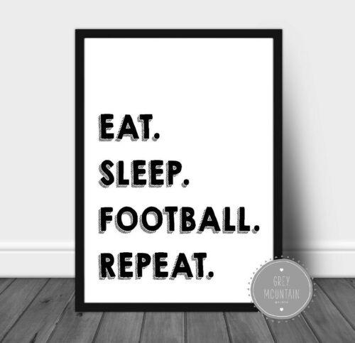 Monochrome DECOR Garçons decor Sommeil Football Manger répéter Childrens cite
