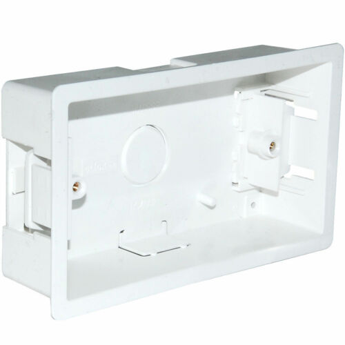 Cliquez 2-Gang 35 mm deep Blanc Sec Doublure Pattress Box WA088P boîte scellée de 20