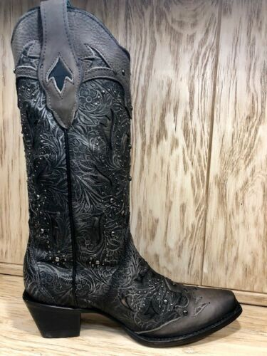 Corral Women/'s Black Embossed Studded Snip Toe Western Boots C3043