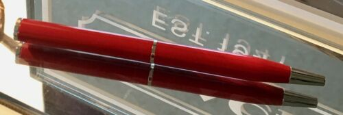 RARE COACH DARK RED ENAMEL /& NICKEL TWIST TO WRITE PURSE BAG PEN NEW NWOT