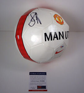 Luke-Shaw-England-Signed-Autograph-Manchester-United-Soccer-Ball-PSA-DNA-COA