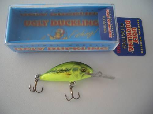 1,5 g 3F CHA BASS Ugly Duckling floating 3 cm neu  Wobbler Forellenköder