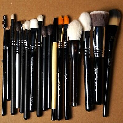 Name Brand Makeup Brushes Gently Used