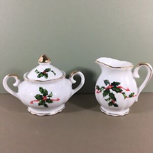 Lefton-Christmas-Creamer-amp-Covered-Sugar-Bowl-Set-Holly-Vtg-Japan-03027-in-Box
