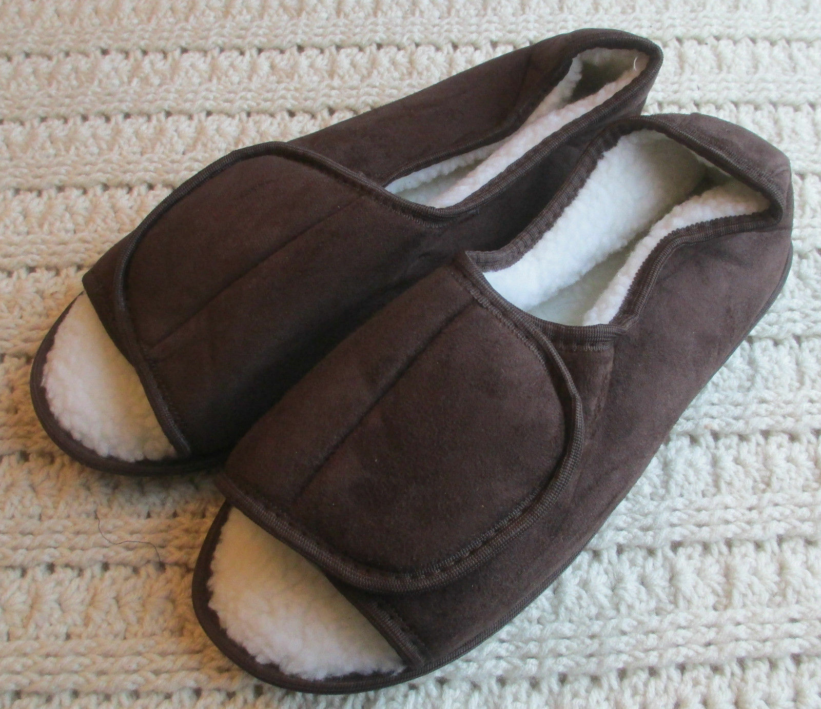 Mens Brown Slippers Moccasins King Size 10-15 M W EW Faux Fur Overlay Easy Close