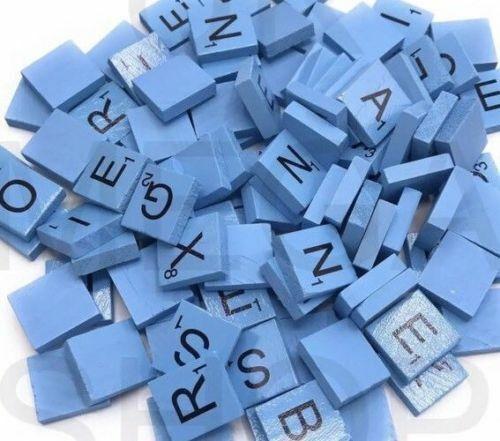 100 Couleur En Bois Scrabble Carreaux noir lettres pour l/'Artisanat Bois ALPHABETS couleur