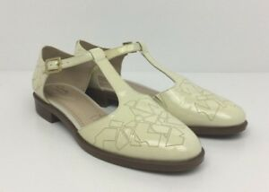 günstig kaufen neu authentisch geeignet für Männer/Frauen Details about CLARKS Somerset Taylor Palm T-Bar Cream Patent Leather Womens  Shoes Size 8 D UK
