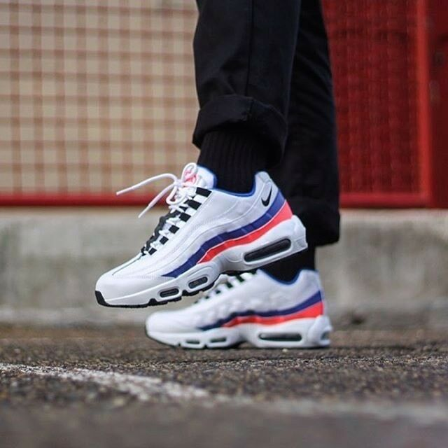 NIKE  AIR MAX 95 ESSENTIAL 749766 106 SOLAR RED WHITE MEN'S RUNNING SHOES