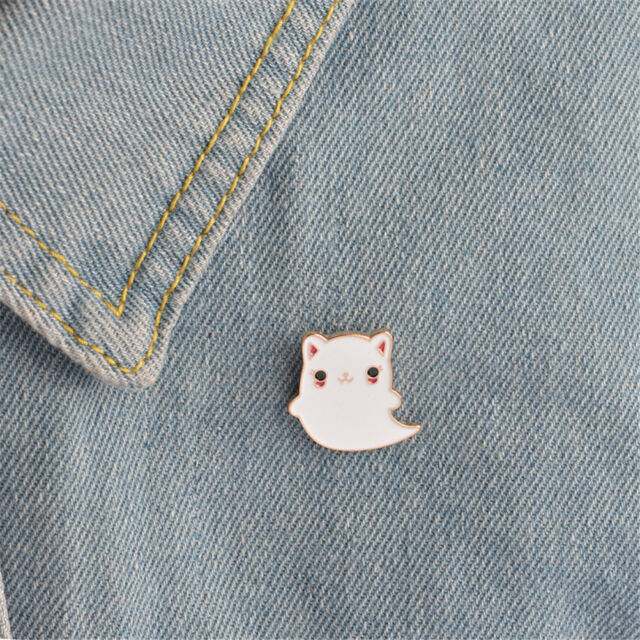 1pcAnimal Enamel cartoon Cat Ghost pins brooches badges pins Jewelry AccessorySP