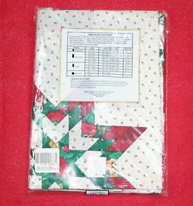 Vintage-Kemp-Beatley-Holiday-Red-Star-Quilt-Tablecloth-Christmas-Patchwork-60x84