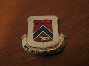 Vintage-French-Heraldic-Coat-of-Arms-Crest-Shield-Heraldry-We-Will-Be-There-Pin