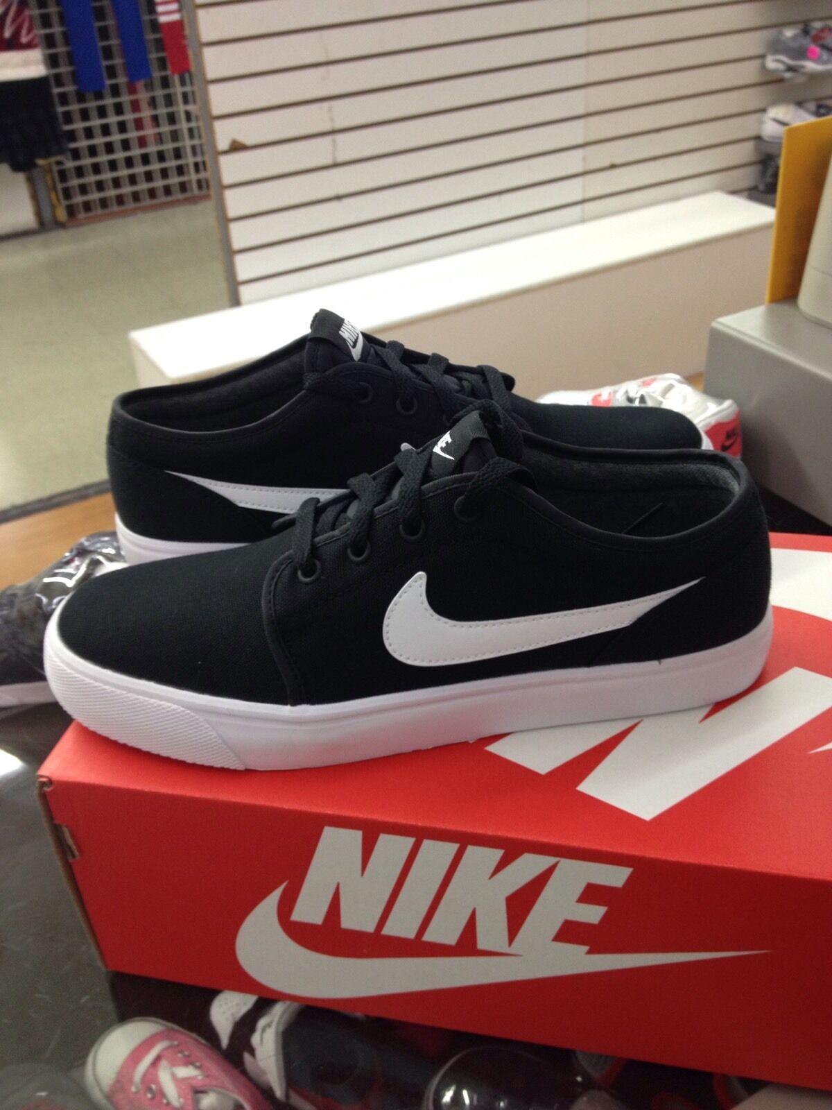 Nike Toki Low Canvas 555272 020 Nero / White Uomo US Sz 9