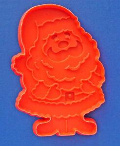 Hallmark-COOKIE-CUTTER-Christmas-Vintage-SANTA-CLAUS-Red-HARD