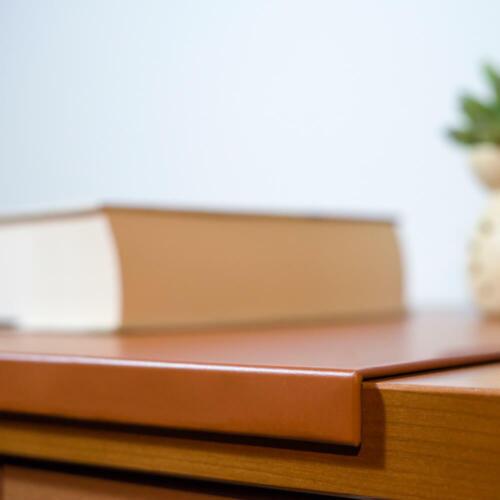 Gewinkelte Schreibtischunterlage Leder Orange Braun cm 90x60 Blaue Nähten
