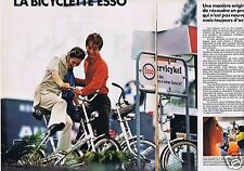 Publicité Advertising 046 1970 Esso la bicyclette carburant (2 pages)