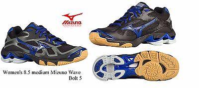 mizuno womens volleyball shoes size 8 x 1 jacket medium