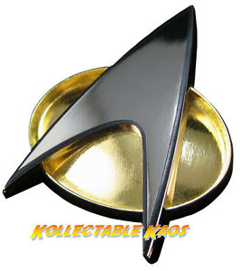 Star-Trek-The-Next-Generation-Communicator-Badge