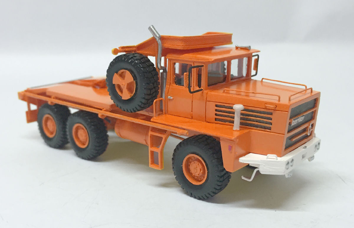 HO 1 87 BERLIET GPO 17P 17P 17P 6X6 - orange- Ready Made Resin Model by Fankit Models ae36eb