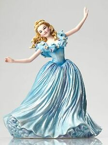 Disney-Showcase-Live-Action-Cinderella-Princess-Figurine-Ornament-23cm-4050709