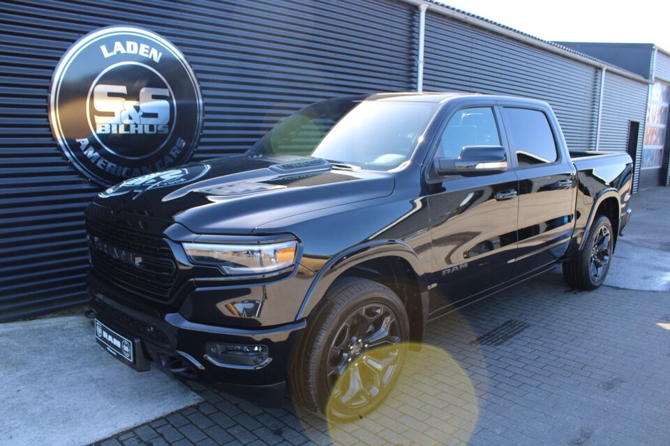 Dodge RAM 1500 5,7 eTorque Limited Black Appear. Benzin