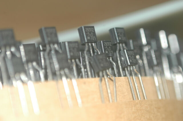 10x LM2931AZ-5 Semiconductor TO-92