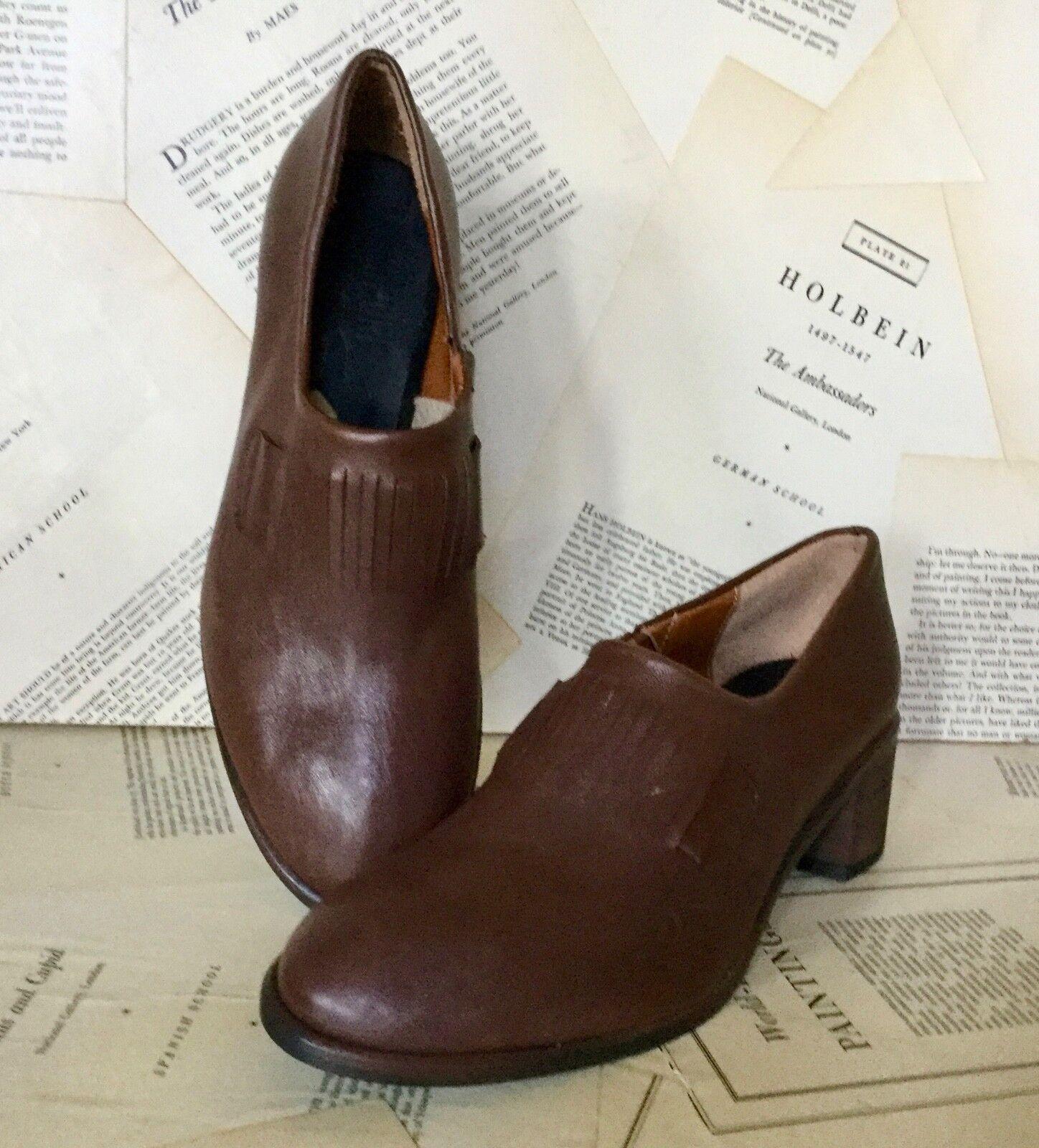 Nuevo Kupuri compró en anthropologie Chocolate Marrón Cuero Slip en zapato bomba 37