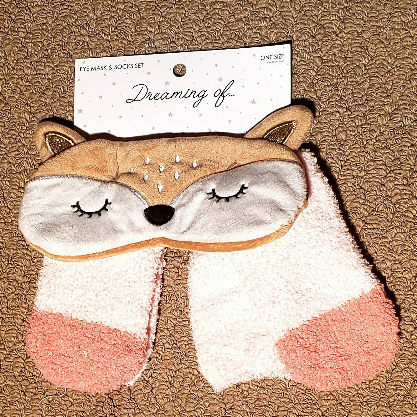 Dream Of Cats Women's Eye Mask And Sock Set One Size NWT
