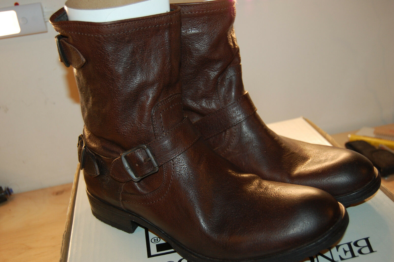 NIB Frye Dean Zip Short  full grain leather Dark Brown Hammered Boots Lined 11 M
