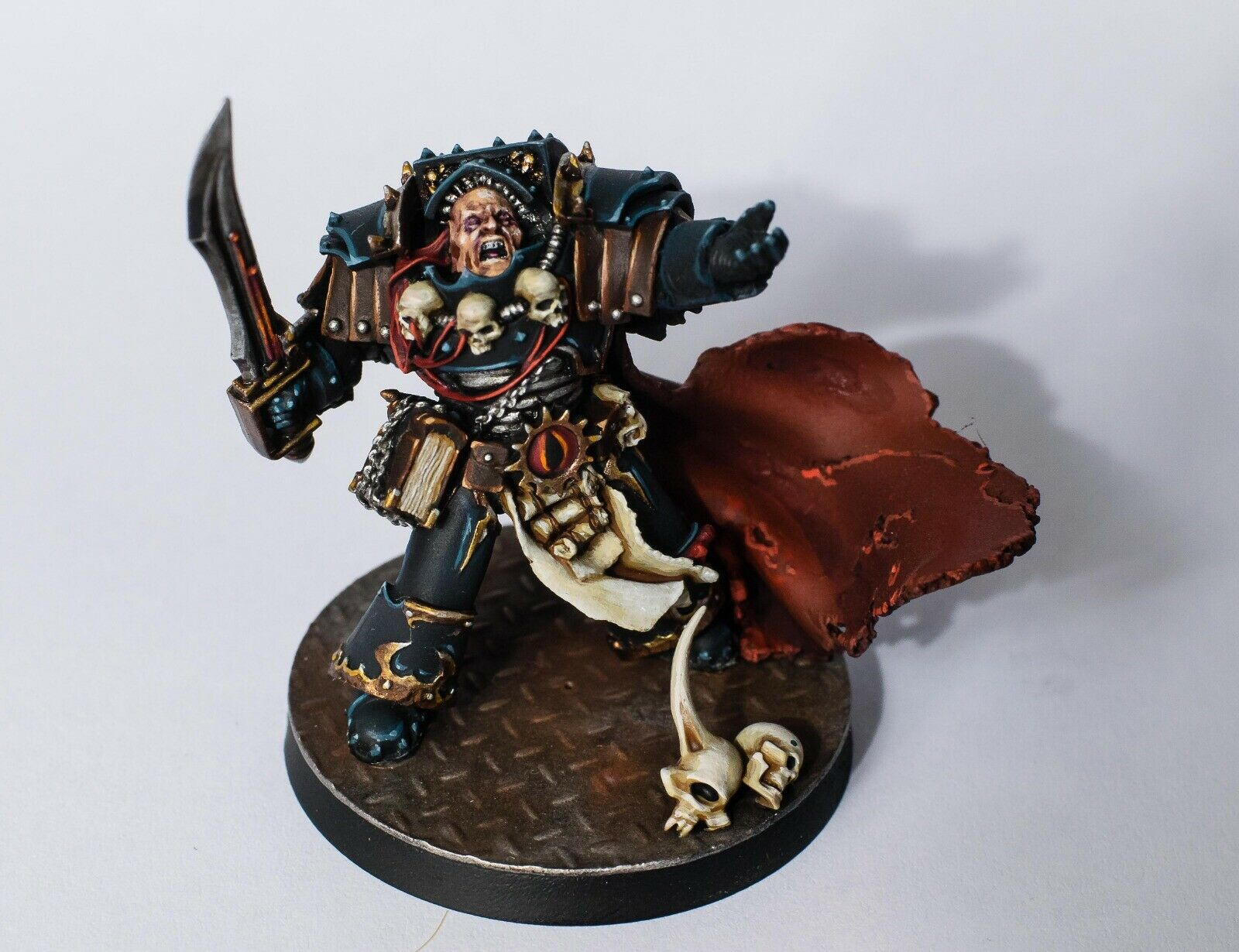 Warhammer 30k horus heresy Limited Librarian Model Expertly Painted
