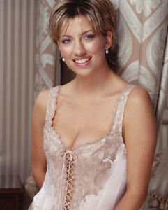 details about claire goose unsigned photo - k8947 - sexy!!!!