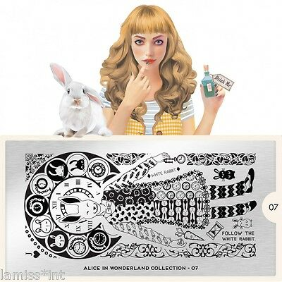 MoYou London ALICE 7 Collection Stamping Schablone, Uhr Hase Ornament Schrift