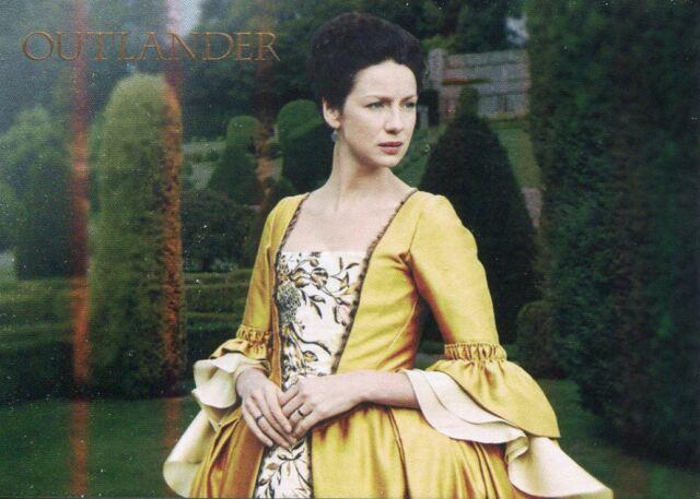 Outlander Season 2 Garden of Versailles Chase Card V1 Claire Fraser