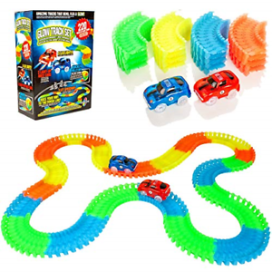 Create-A-Track 220 Piece Flexible Race Track /& 2 Light Up Cars Playset Racing
