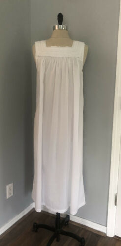 Vintage 80s Does Victorian Nightgown Rustic Cotton