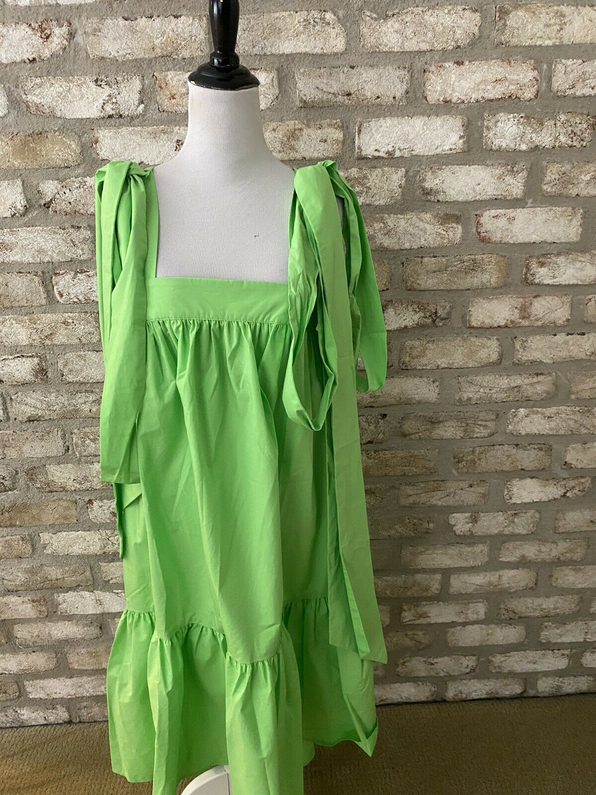 Gorgeous Green Christopher John Rogers Dress In A… - image 1