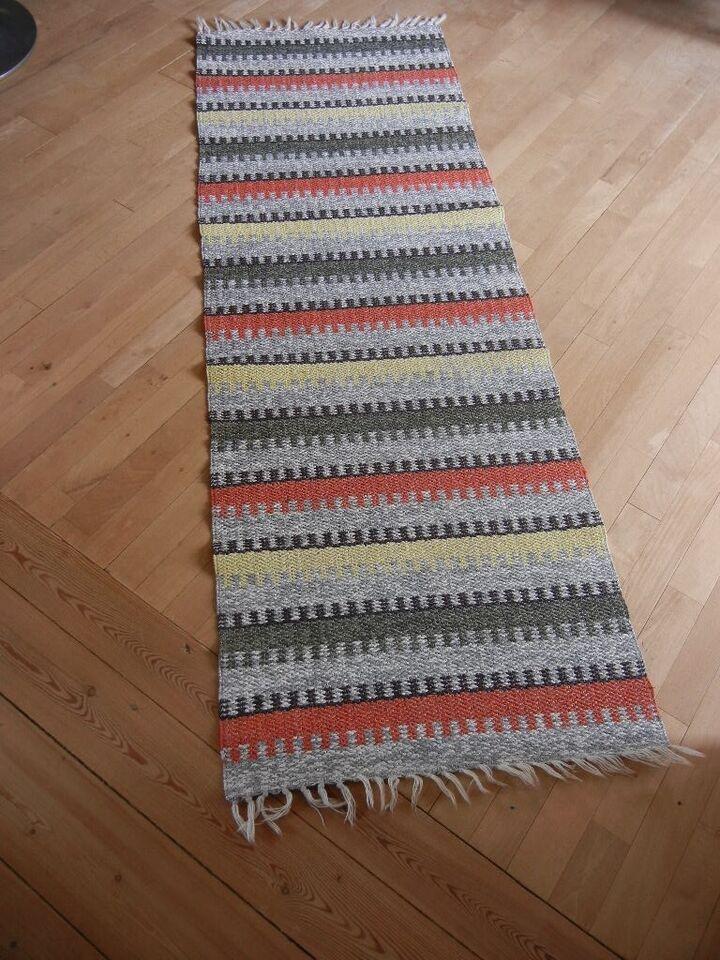 Andet tæppe, RETRO - svensk plasttæppe / plastmatta, b: 59