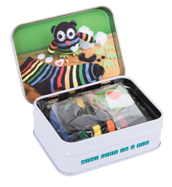 MINI GIFT IN A TIN - Micro Toys Kids Play Set Gift - Mini Sock Owl **NEW**