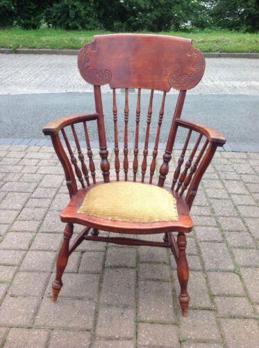 Vintage American Spindle Back Windsor Wooden Chair