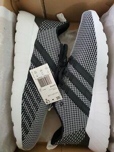 Adidas-Questar-Flow-Shoes-Men-039-s-11-5-Black-White-EG3192