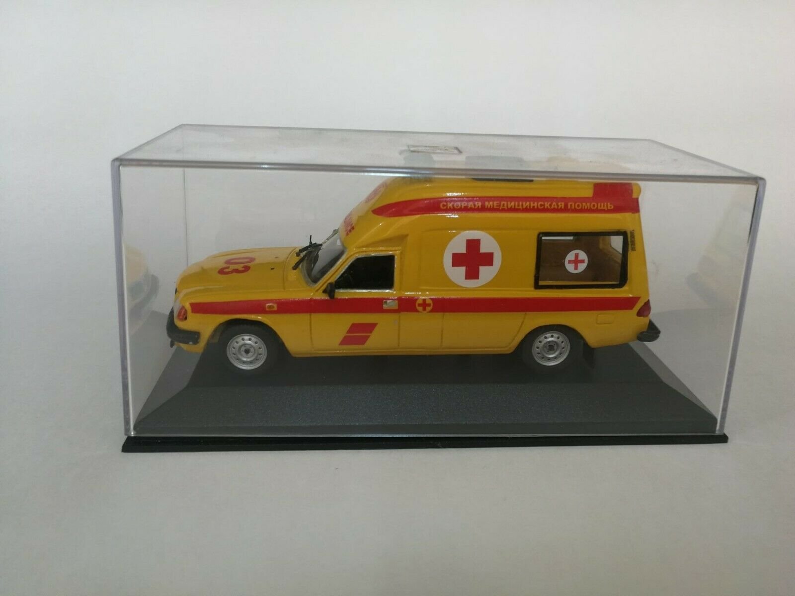 Gaz volga 3105 ambulance 1 43