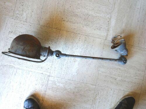 LAMPE INDUSTRIELLE ATELIER JIELDE 1 BRAS ARTICULE   1950