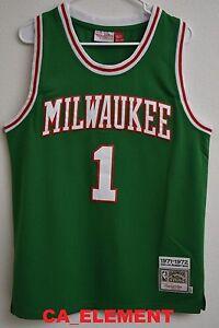 d4ee01c9260 ... Jersey Image is loading Mitchell-amp-Ness-NBA-Milwaukee-Bucks-Oscar ...